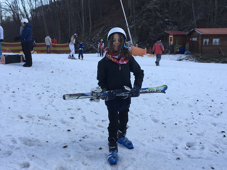 Skiing for the first time!, Eplény Síaréna