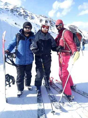 Gulmarg Ski Resort by: Khalid - Kbmyattitude