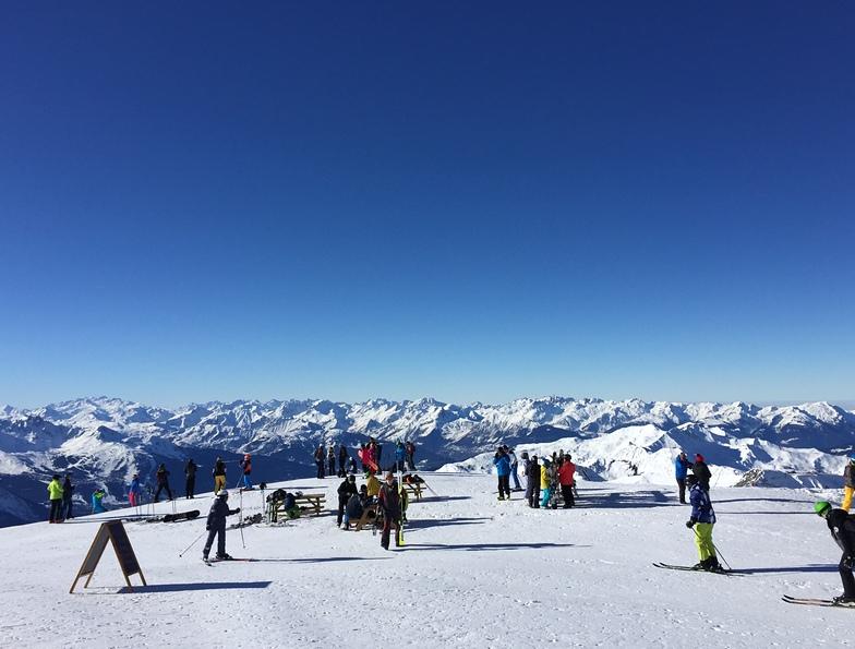 View into blue, La Plagne