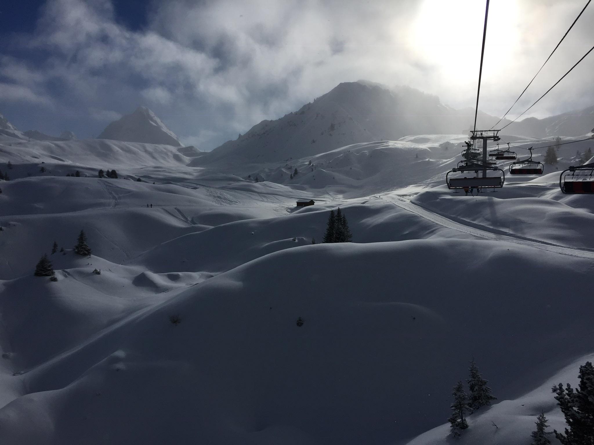 Moody snow, La Plagne