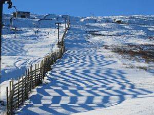 Artistic snow fencing, Weardale Ski Club photo