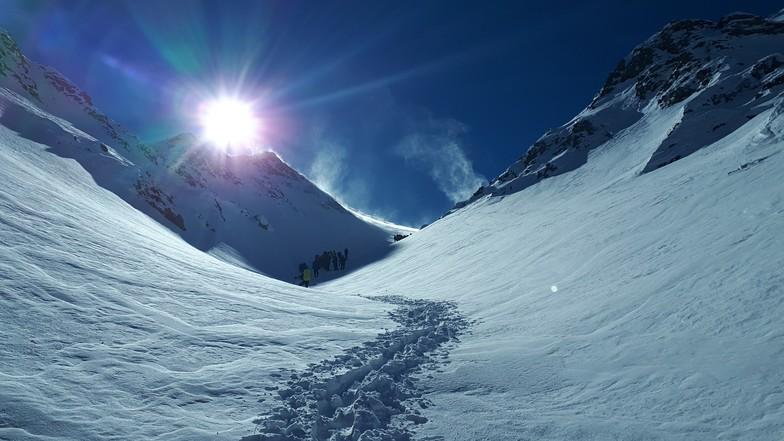 Mountaineering on Damavand peak, Mount Damavand