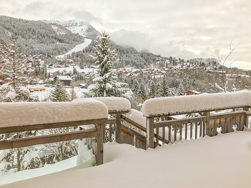 Les Carroz Ski Resort by: Tim