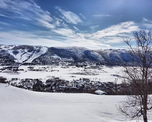 Geilo Ski Resort by: Robert Lee