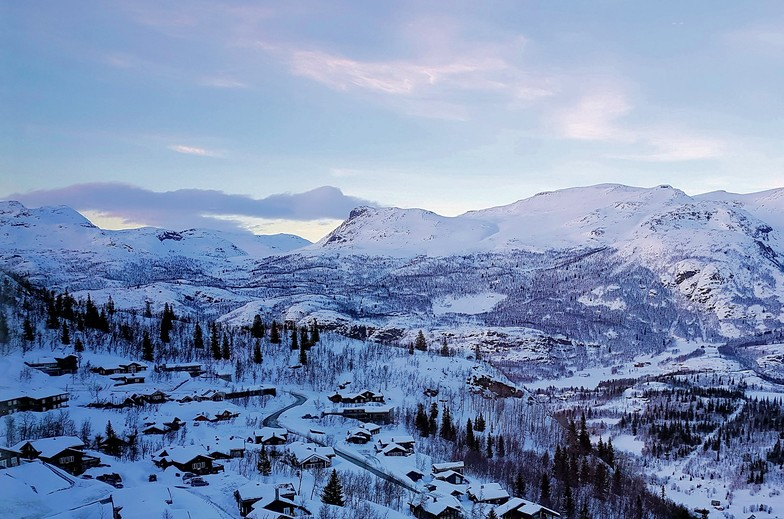View from Skarsnuten, Hemsedal