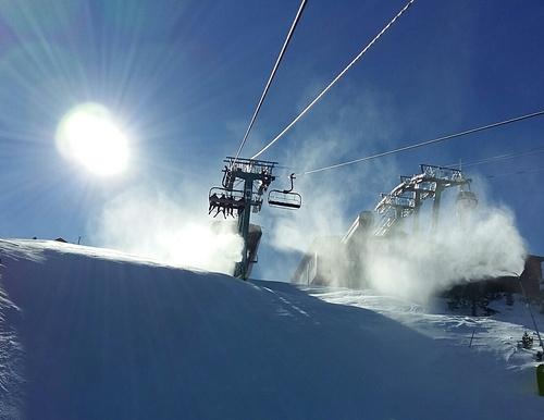 Grandvalira-Pas de la Casa Ski Resort by: Lamarloes