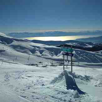 Sun, Sea & Skiing, Mount Parnassos