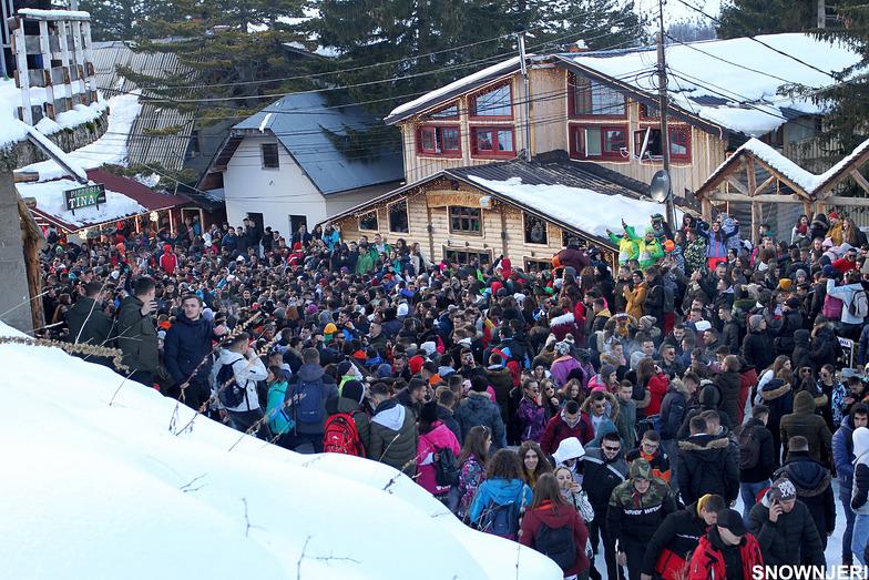 Massive party in Brezovica