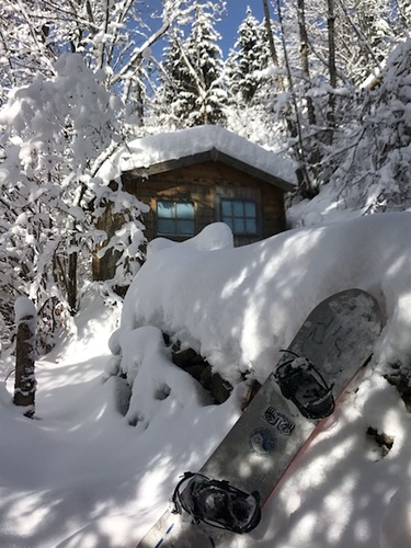 Morzine Ski Resort by: Gerard Delaplanque