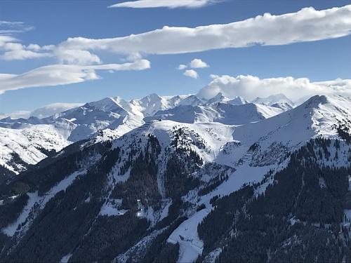Saalbach Hinterglemm Ski Resort by: Dominic Graham
