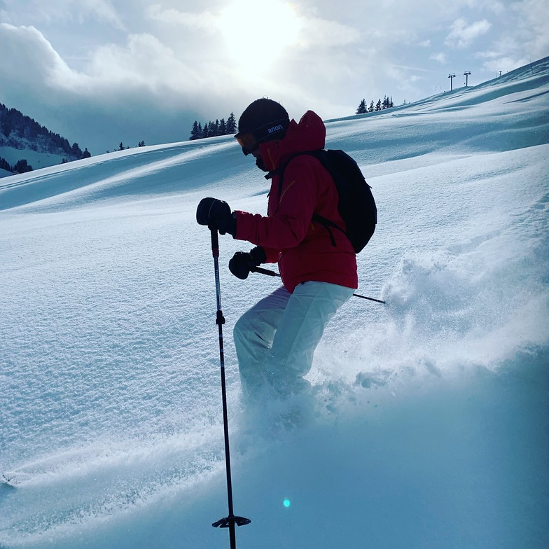 Just another day off-piste in Villars!