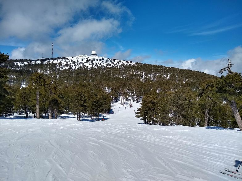 Top of the Aphrodite lift, Mt Olympus
