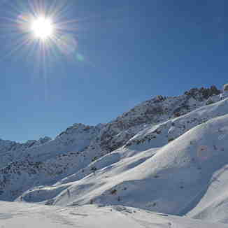 Sunshine & Powder, Airolo