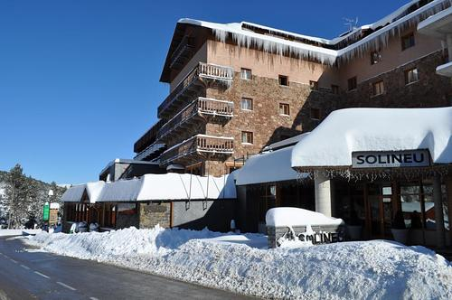 La Molina Ski Resort by: Arnau Cambras