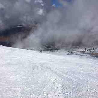 40cm fresh snow overnight in Scotland., Glencoe Mountain Resort
