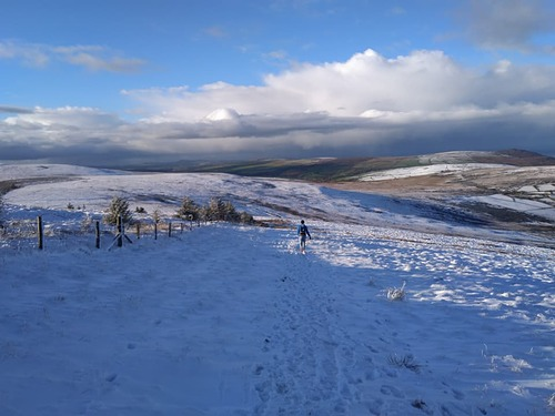 Foel Cwmcerwyn Ski Resort by: Chris Morris