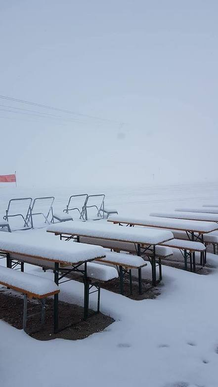 20cm of fresh snow, Stubai Glacier