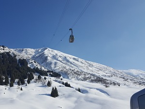 Bluebird powder day in andermatt photo