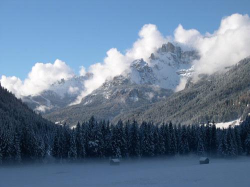 Pozza di Fassa snow