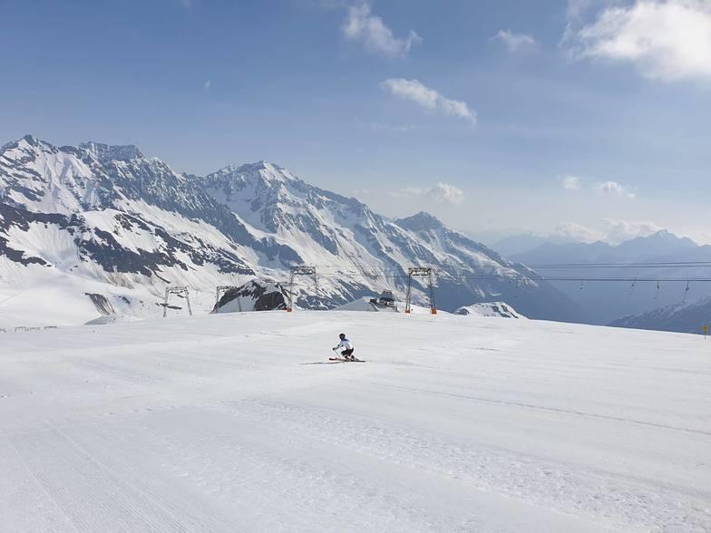 Last day of the season., Stubai Glacier