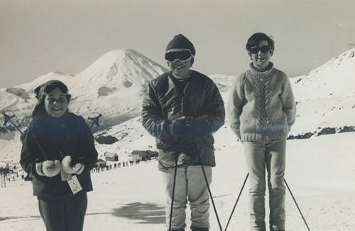 Whakapapa Ski Resort by: ssratlidge