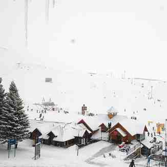 Big snowfalls in Argentina, Las Leñas