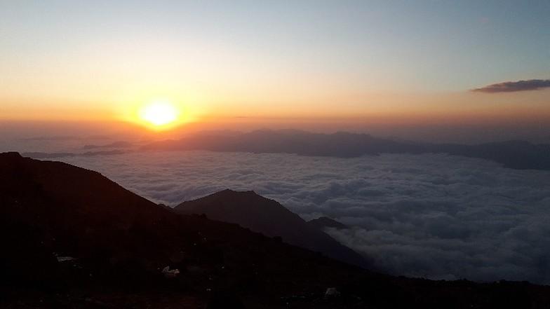 صعود قله دماوند از جبهه شمال شرقی روستای تاندل شهریور 1398, Mount Damavand