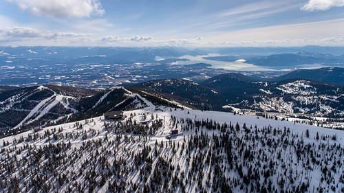 Selkirk Powder Ski Resort by: Ken Barrett