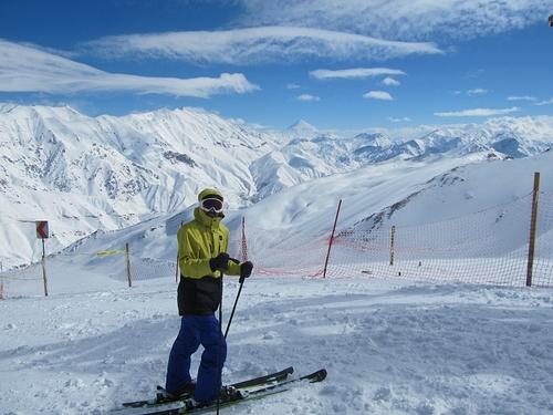 Dizin Ski Resort by: Aydin Danyel