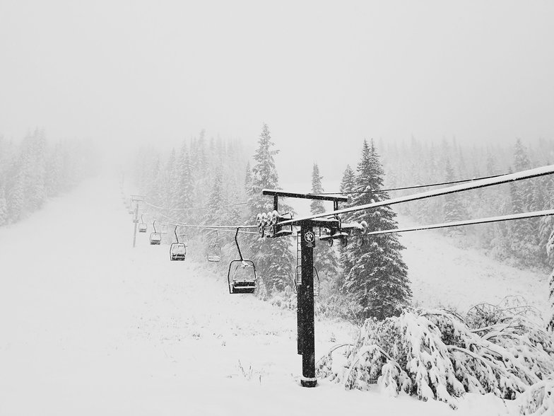 First snow in western Canada, Kicking Horse