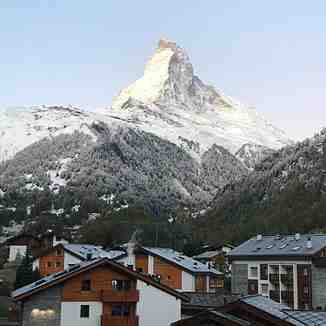 Season begins, Zermatt