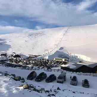 Final weekend of the 2019 spring-to-autumn ski season, Galdhøpiggen Sommerskisenter