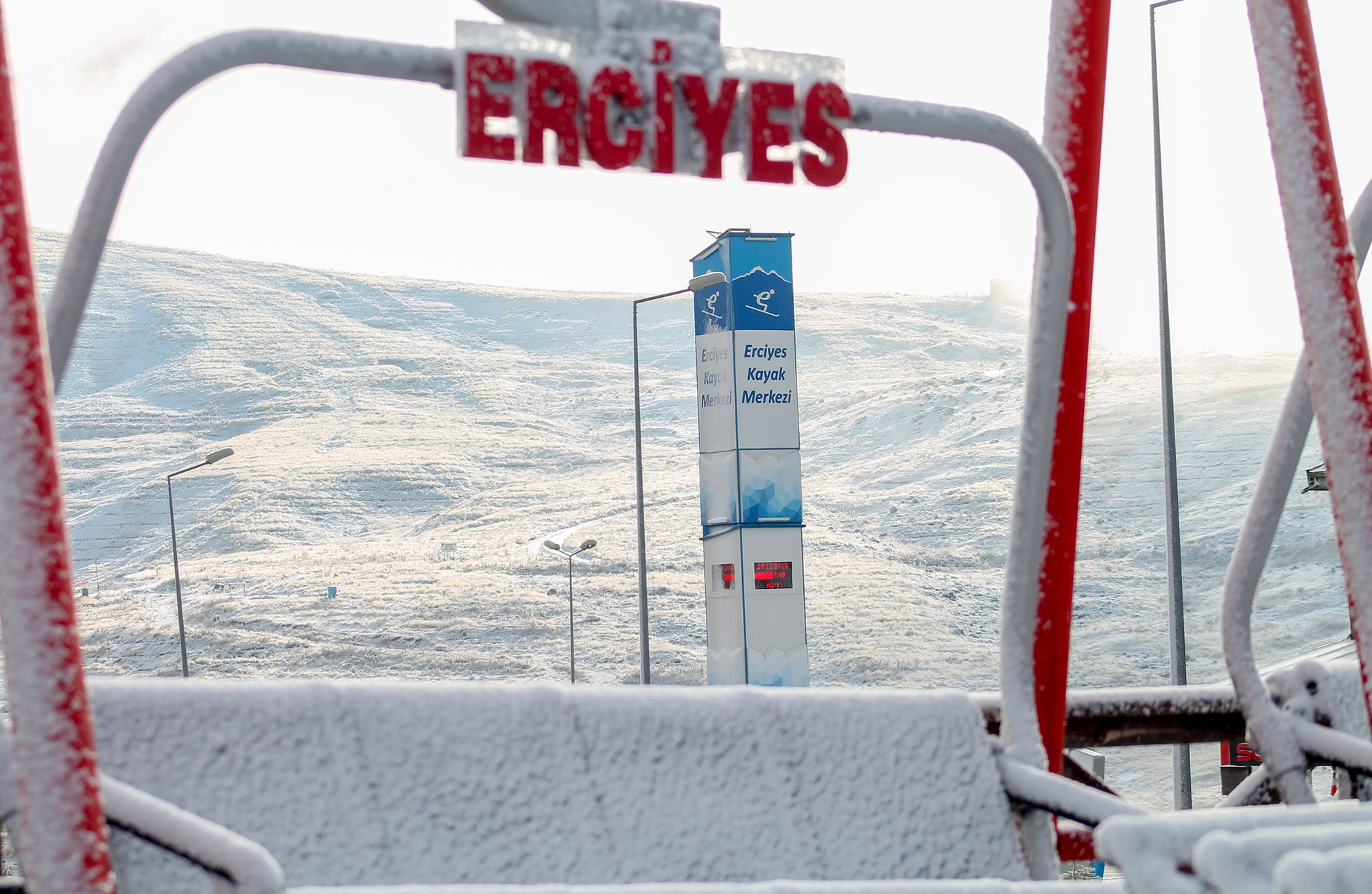 Snow arrives in Turkey, Erciyes Ski Resort