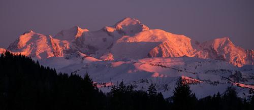 Praz De Lys Sommand Ski Resort by: Pete Farnell