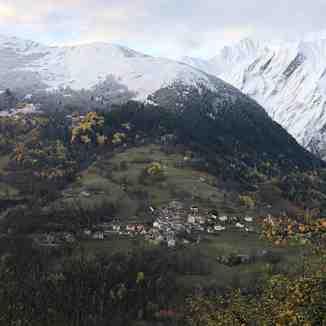 First Snow arrives, St Martin de Belleville