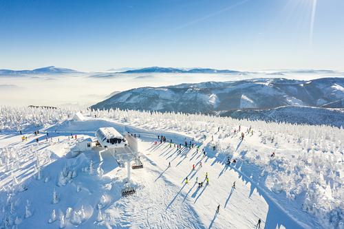 Szczyrkowski Ośrodek Narciarski Ski Resort by: szczyrkowski