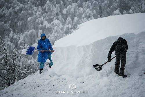 Mondolè (Prato Nevoso and Artesina) Ski Resort by: Snow Forecast Admin