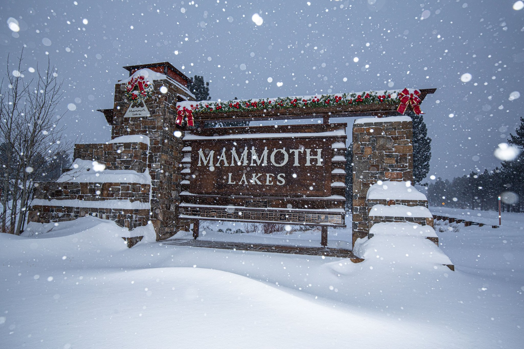 more than 60cm (2ft), Mammoth Mountain