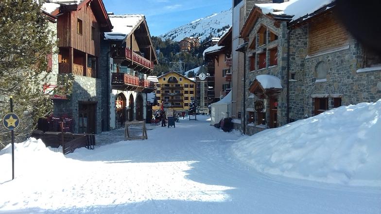 Lovely Village, Les Arcs