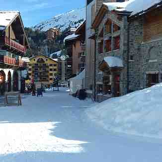 Lovely Village, Les Arcs