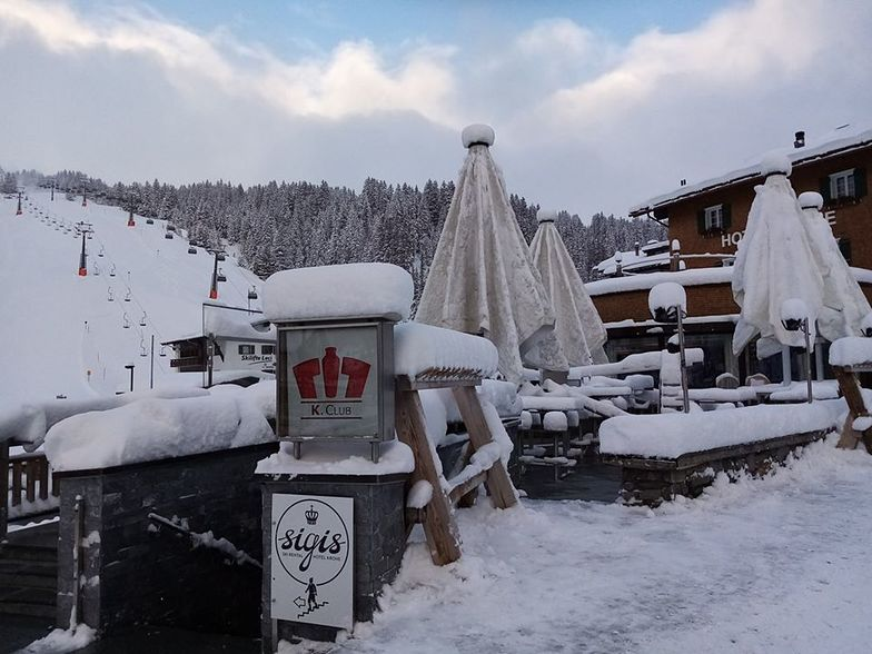 50cm reported yesterday..., Lech
