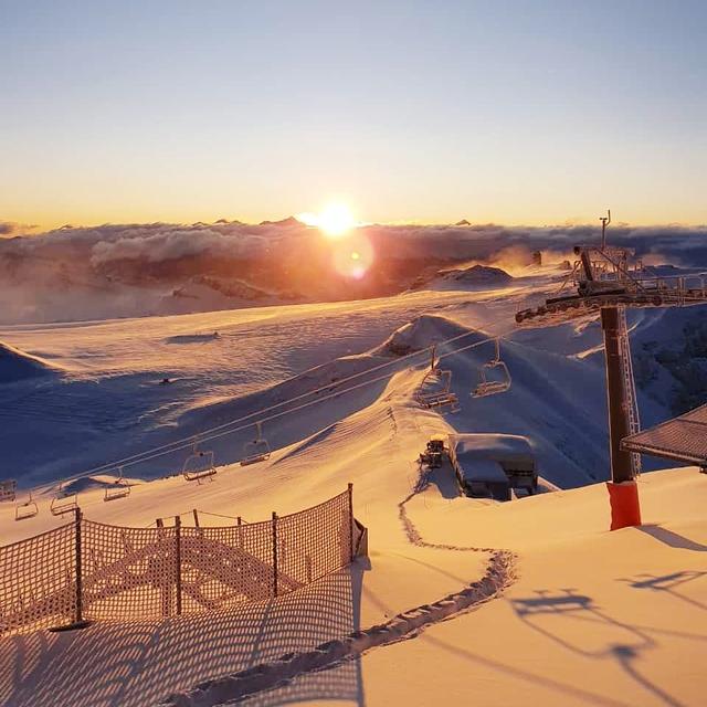 Sunrise, Gstaad Glacier 3000