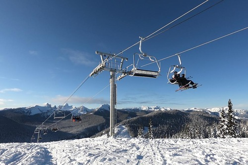 Manning Park Resort Ski Resort by: Manning Park Resort