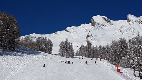 Val d'Allos – La Foux (Espace Lumière) Ski Resort by: C.T