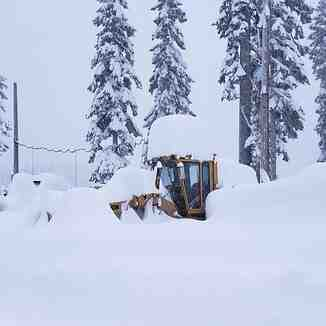 3ft (90cm) in the past 48hrs, Alpental At The Summit
