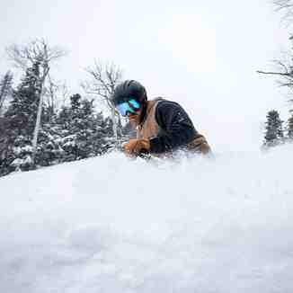 18 inches (45cm) of fresh snow, Whiteface Mountain (Lake Placid)
