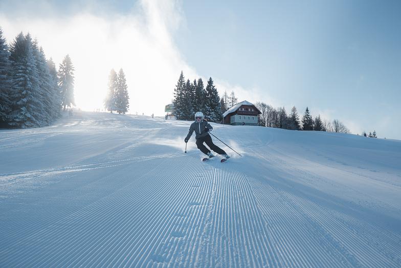 Skiing on track Grič, Cerkno