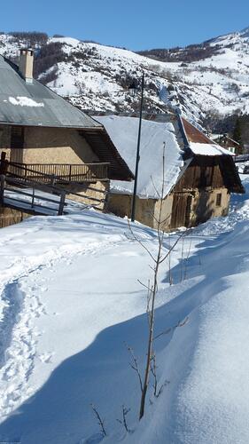 Sauze Super-Sauze Ski Resort by: olivier soligny