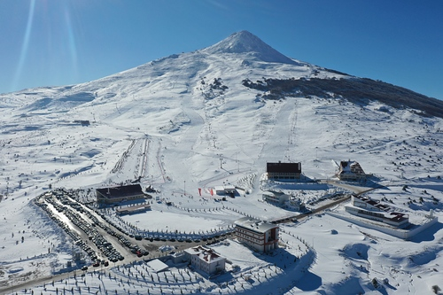 Yildiz Ski Resort Ski Resort by: Mikail Polat
