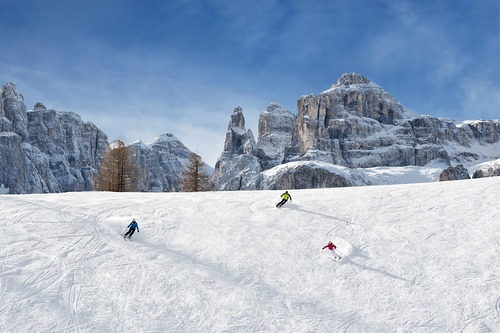 Corvara (Alta Badia) Ski Resort by: tourist offical